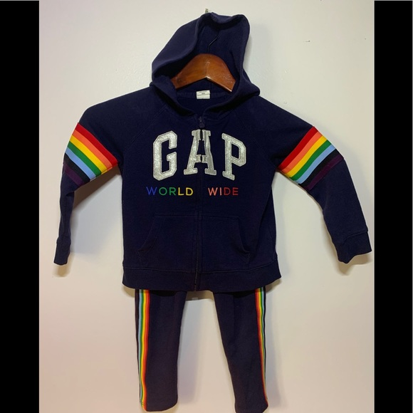 GAP Other - Cute Matching Track Suit! 🌈